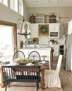 kitchen and dining space - Cute little kitchen and dining space - Cute little kitchen and dining space - Cute little kitchen and dining space - Cute little kitchen and dining space - 177 best farmhouse kitchen decor ideas and remodel page 42 Cottage Kitchens, Farmhouse Kitchen Decor, Home Kitchens, Kitchen Dining, Farmhouse Style, Modern Farmhouse, Kitchen Trends, Kitchen Sets, Cozinha Shabby Chic