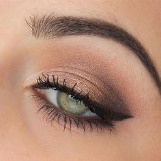 Simple eye makeup idea