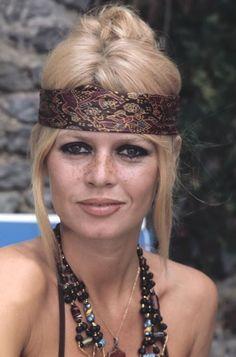 Un jour un destin - Brigitte Bardot 8876831aa33237e2a7800baef0449896