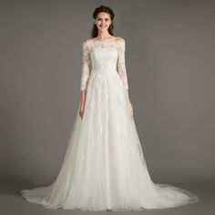 2016 Elegant 3/4 Long Sleeves Wedding Gowns Lace Applique Zipper Tulle Floor Length Bridal Dresses Custom Made High Quality