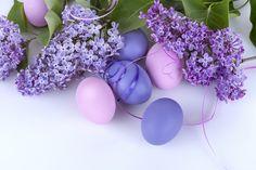 wallpaper is Spring-Easter-1.jpg