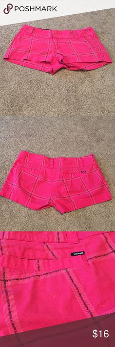 Hurley women's hot pink shorts size 9 Hurley women's hot pink short. Never wore them they were too big so I washed them and am listing them size 9 Hurley Shorts