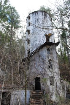 This abandoned tower in the forest.it) submitted by to /r/AbandonedPorn 1 comments original - Architecture and Home Decor - Buildings - Bedrooms - Bathrooms - Kitchen And Living Room Interior Design Decorating Ideas - Abandoned Mansion For Sale, Old Abandoned Buildings, Abandoned Property, Abandoned Castles, Abandoned Mansions, Old Buildings, Abandoned Places, Spooky Places, Haunted Places