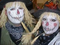 Funny and Cute Homemade Couple Costume: Not-So-Scary Scarecrows... Enter the Coolest Halloween Costume Contest