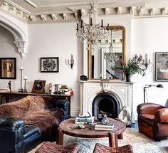60 Eclectic Living Room Design Ideas For First Apartment Eclectic Living Room, New Living Room, Living Room Modern, Living Room Designs, Living Room Furniture, Small Living, Glamour Living Room, Architectural Digest, Foyers