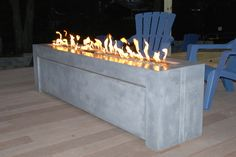 Your Backyard Needs These 5 Cement Fire Pit Designs! From a table into a bowl-shaped fire pit, these are the fire pit designs that will make up your mood! Make A Fire Pit, Diy Fire Pit, Fire Pit Bowl, Fire Pit Table, Concrete Fire Pits, Precast Concrete, Brick Material, Fire Pit Materials, Modern Fire Pit