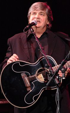 Phil Everly from Celebrity Deaths: Fallen Stars Old Country Music, Country Music Artists, Bye Bye Love, Celebrity Deaths, Thanks For The Memories, Rolling Stones, Comedians, Rock And Roll, Brother