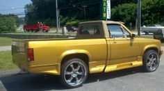 Saw a Convertible Gen 1 For Sale Today - Dodge Dakota Forum : Custom Dakota Truck Forums Dakota Truck, Dodge Dakota, Dodge Trucks, Pickup Trucks, Cool Truck Accessories, Small Pickups, Muscle Truck, Bone Stock, Dodge Durango