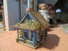 Dollhouse Miniature Artisan Amanda Skinner Delightful Toy House with Furniture