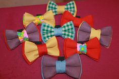 Double bow ties for dogs (10/6,5 cm), hand made, can be attached to the collar.