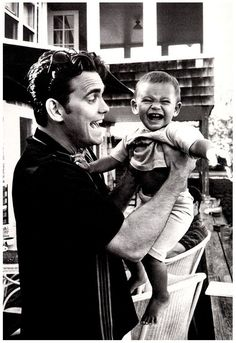 Matt Dillon and a young creature :) Kinda sad though, knowing he wanted to settle down with Cameron Diaz, but she didn't so they broke up. Young Matt Dillon, The Karate Kid 1984, Matt Dallas, Dallas Winston, Greaser Girl, Darry, Cute Actors, Cute Guys, Pretty Boys
