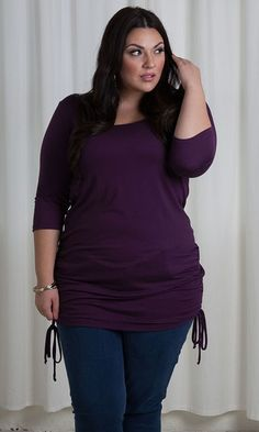 A ruched-side plus size tunic with adjustable length for endless fashion possibilities. Adjustable ruched sides with ties means you can make the length what you want and works perfectly with skinny jeans or leggings.