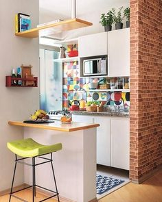 6 Modern Small Kitchen Ideas That Will Give a Big Impact on Your Daily Mood - Ho. , < 6 Modern Small Kitchen Ideas That Will Give a Big Impact on Your Daily Mood - Houseminds - Small Modern Kitchen ,Modern Small Kitchen Design ,Kitche. Small Modern Kitchens, Small Space Kitchen, Kitchen Sets, Modern Kitchen Design, Home Decor Kitchen, Kitchen Interior, New Kitchen, Home Kitchens, Small Spaces