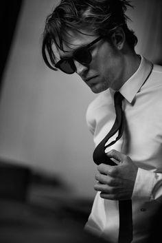 Peter Lindbergh   Dior Magazine - Robert Pattinson