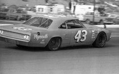 Richard Petty Riverside Winston Western 500 1971.  #OLDSCHOOLNASCAR