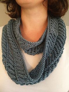 This is a lovely quick knit. Perfect for that special gift for a friend. It will loop 2-3 times.