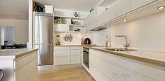 Cocina estilo contemporaneo color beige, blanco diseñado por MONIKA LAO INTERIORISMO - Decorador   Copyright propietario