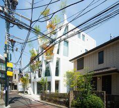 Omotesando Branches (表参道ブランチーズ) / Architect : Sou Fujimoto (設計:藤本壮介)