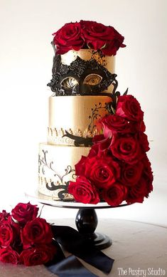Featured Wedding Cake: Courtesy of The Pastry Studio; Featured Wedding Cake: Courtesy of The Pastry Studio; Masquerade Cakes, Masquerade Party Decorations, Masquerade Ball Party, Sweet 16 Masquerade, Masquerade Theme, Wedding Cake Decorations, Cool Wedding Cakes, Wedding Cake Designs, Wedding Cake Toppers