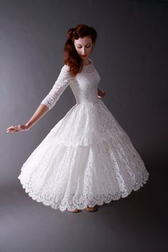 Vintage 1950s Tea Length New Look Wedding Dress of by FabGabs |||| This is totally it! :)