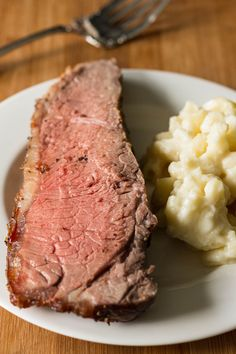 New York Strip Roast is so insanely delicious, it's amazing that it isn't already on your menu every week. Make it happen with this ultra simple recipe. Sponsored by @certangusbeef #RoastPerfect #bestbeef