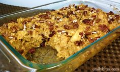 Emily Bites - Weight Watchers Friendly Recipes: Pumpkin, Cranberry & Apple Baked Oatmeal  Holy Cow is that delicious!!!  Just made it today-8/27/12-yummy like a dessert :)