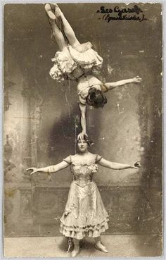 Old Vaudeville. Cirque Vintage, Vintage Circus Photos, Vintage Carnival, Vintage Pictures, Vintage Photographs, Old Pictures, Vintage Images, Old Photos, Vintage Circus Performers