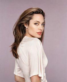 Angelina Jolie Angelina Joile, Reese Whiterspoon, Kirsten Dunst, Gal Gadot, Celebs, Celebrities, Lady Gaga, Gorgeous Women, Movie Stars