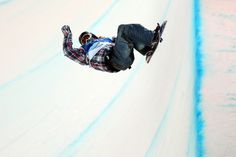 Shaun White of the United States competes in the men's snowboarding half-pipe practice on day 6 of the Vancouver Winter Olympics on Feb. 17, 2010.   www.eklectica.in