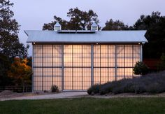 Now this is a studio!  Outbuilding of the Week: An Old Barn Becomes an Energy-Efficient Guesthouse: Gardenista
