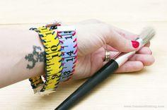 Tutorial: Measuring Tape Bracelet #crafts #DIY #jewelry