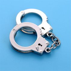 Car Handcuffs Shape Metal Key Chains www. Handcuff Key, Bluetooth, Happy Birthday, Stainless Steel Metal, Car Detailing, Black Rings, Corporate Gifts, Watches, Cool Stuff
