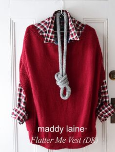 Easy knitting - front and back are knit alike. Beginner Knitting Patterns, Knitting For Beginners, Knitting Designs, Knit Patterns, Crochet Yarn, Knitting Yarn, Knit Vest Pattern, Dress Gloves, Yarn Brands