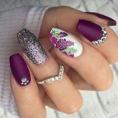 The most beautiful and attractive nail designs for women # nail # nailarts # naildesigns # summernai Spring Nail Art, Nail Designs Spring, Acrylic Nails For Spring, Classy Nail Art, Nail Art Designs Images, Rose Nail Art, Nagellack Trends, Flower Nail Art, Nagel Gel