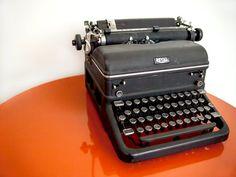 1940s Royal Typewriter by namaki on Etsy, $85.00