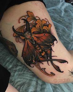 Tattoo Sketches, Tattoo Drawings, Tattoo Art, Bright Flower Tattoos, Moth Tattoo Meaning, Traditional Moth Tattoo, Moth Tattoo Design, Seahorse Tattoo, Dibujos Tattoo
