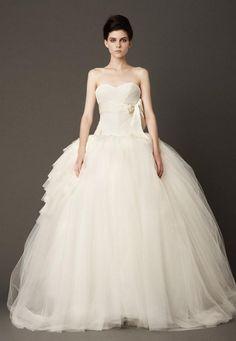 Designer Wedding Dresses: Wedding Gowns and Bridal Wear from Vera Wang | Destination Weddings and Honeymoons