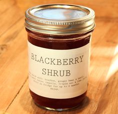A shrub is basically a flavored syrup you add to drinks (tea… Drinking Vinegar, Drinking Tea, Shrub Drink, Non Alcoholic, Alcoholic Beverages, Shrub Recipe, Cocktail Menu, Summer Berries, Sweet Peach