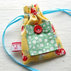 Wow! Thank you so much for the amazing response to my little drawstring bag tutorial ! I get a bit giddy whenever I see that my lovely stitc...