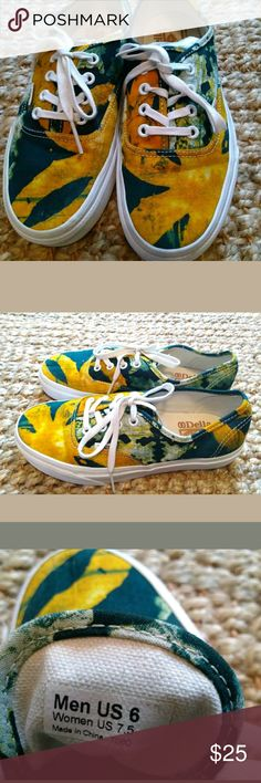 VANS Off The Wall Sneakers Della Mens 6 Women 7.5 VANS Off The Wall Sneakers Della Mens Size 6 Womens 7.5 Green Yellow Shoes. Preowned good condition. Vans Shoes Sneakers
