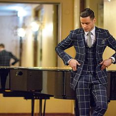 Gentlemen Wear This - Be inspired by Aleks Musika!