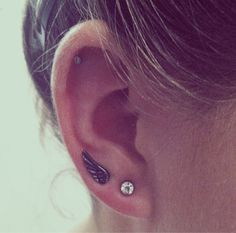 Debating getting a second lobe piercing… is it weird on just one ear?