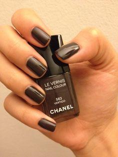 The Polish Jinx: Chanel Fall 2012 Nail Polish Swatches - Vertigo, Frenzy & Suspicious