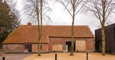 Farmhouse in Westerlo / Van Staeyen – nowoczesna STODOŁA | wnętrza & DESIGN | projekty DOMÓW | dom STODOŁA