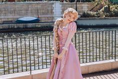 Rapunzel And Flynn, Disney Rapunzel, Disney Girls, Disney Princess, Disneyland Photography, Classic Disney Movies, Disney Face Characters, I Saw The Light, Princess Collection