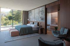 Patricia Urquiola is behind the first new hotel to be built on the shores of Italy's Lake Como in decades, Il Sereno Lago di Como. Design Hotel, Lounge Design, Design Room, Deco Design, Interior Design, Modern Interior, 2017 Design, Design Interiors, Home Design