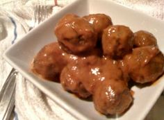 Panang Meatballs with coconut milk, garlic, cilantro and panang curry paste. Thai Cooking, Cooking Recipes, Thai Recipes, Asian Recipes, Panang Curry Paste, Great Dinner Ideas, Asian Meatballs, Dinner Sides, Recipe For 4
