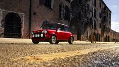 MINI just unveiled an amazing all-electric model of their iconic car Classic Mini, Classic Cars, Mini Paceman, Chinese Market, Mini Countryman, New York, City Streets, Electric Cars, Minis