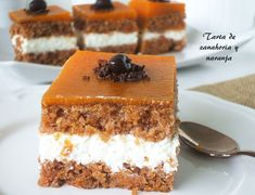 Tarta de zanahoria y naranja Flan, Food N, Food And Drink, Canapes, Pot Pie, Cakes And More, Deli, Catering, Cake Recipes