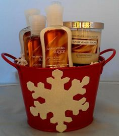 Bath & Body Works Warm Vanilla Sugar (4) Piece Gift Set by Bath & Body Works. $29.99. Item is shrink wrapped in cellophane for a very professional look. All items are arranged in a tin that can be reused for anything!. Warm Vanilla Sugar Set includes 2 oz Lotion & Shower Gel, 3 oz Bubble Bath, 4 oz Warm Vanilla Sugar Candle. Great gift for a office party, secret santa, boss, teacher, neighbor .......